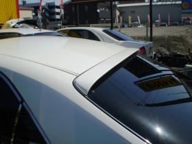 車の持ち込み日に合わせて塗装しました。スポイラー&工賃で35,000円ありがとうございました。