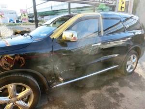 対物事故での保険修理です。お相手さんが100%の過失でこちらは0%。簡単に言うと100:0です。
