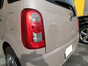 ココア入庫しました。最近の車は少しのへこみで鉄板がぺこぺこになるのでやっかいです。特に軽は!